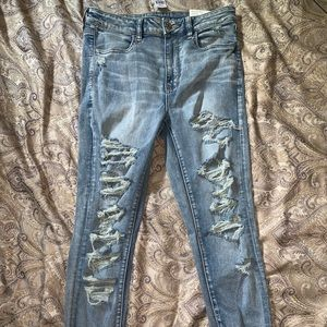 American Eagle hi-rise, destroyed jeans - size 12